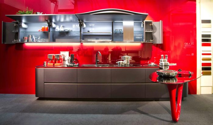 The Ferrari Kitchen by Snaidero is a limited edition dedicated to the 25 years of collaboration between Pininfarina and Snaidero