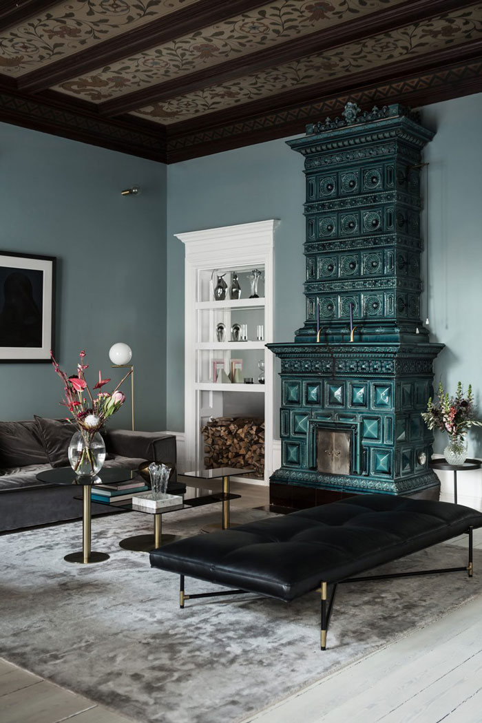 Luxurious Glam Nordic Apartment In Blue Shades