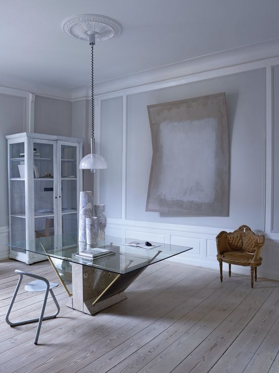 Tranquil Grey Apartment In 18th Century Building