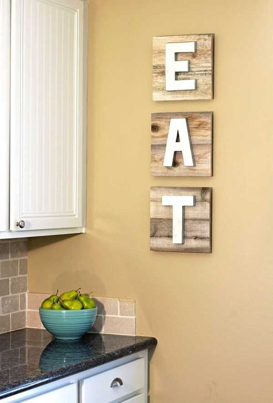 30 EyeCatchy Kitchen Wall Dcor Ideas DigsDigs