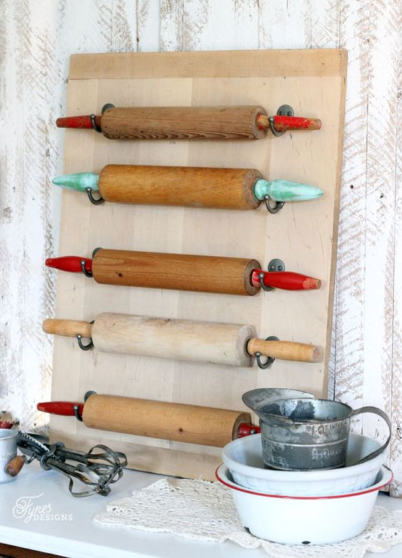 colored rolling pin board wall art can be easily made by you