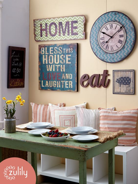 30 eye catchy kitchen wall d cor ideas digsdigs for Kitchen wall art ideas