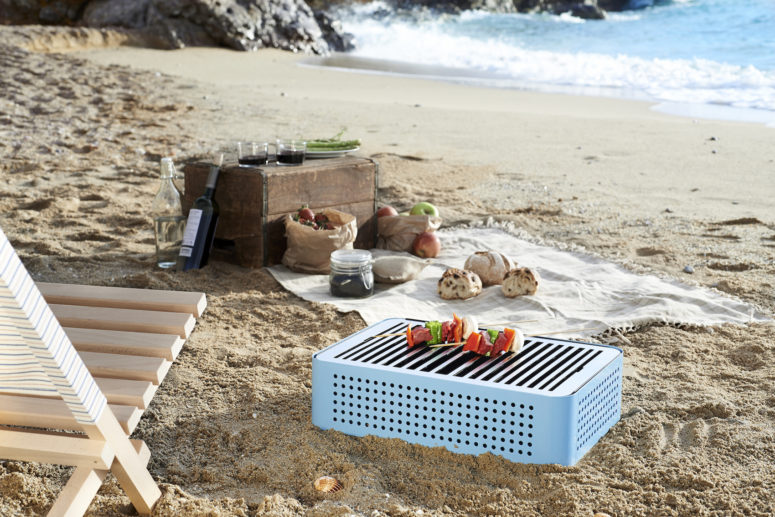 Mon Oncle Portable BBQ Grill by RS Barcelona (via design-milk.com)