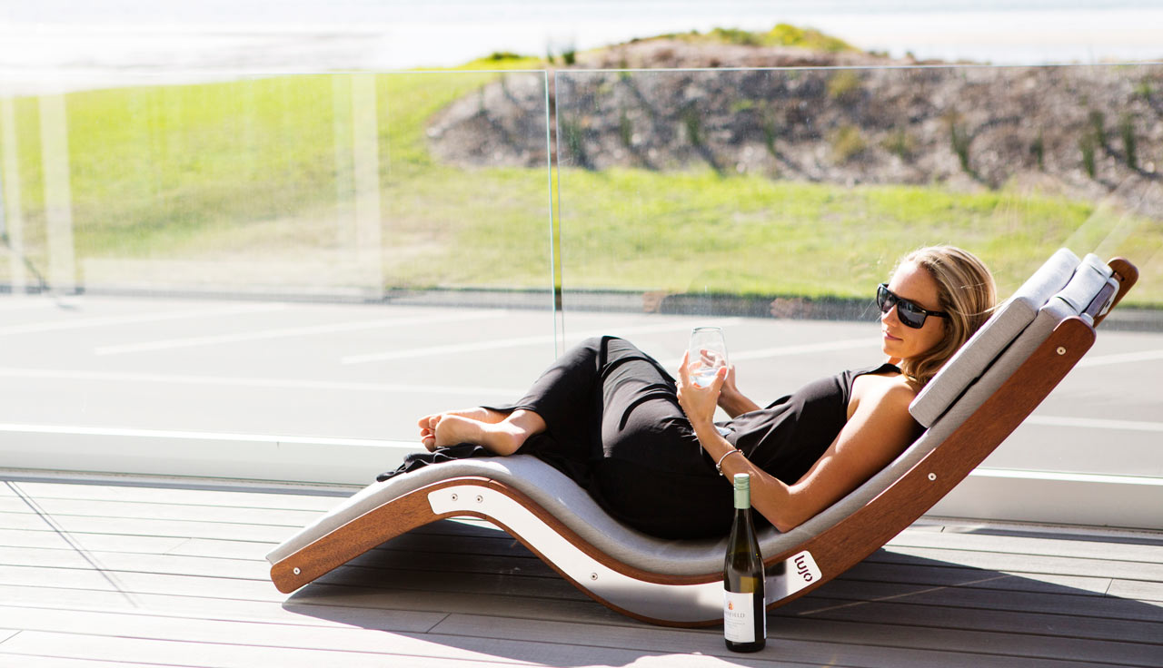 Kwila Sun Lounger by Lujo