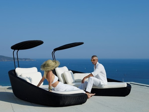 Savannah Daybed by Cane-Line (via www.furniturefashion.com)
