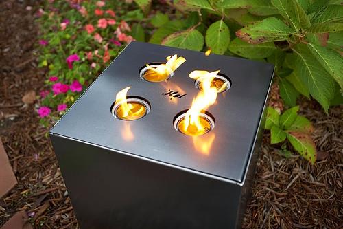 Outdoor Fire Cube by John Beck Steel  (via design-milk.com)