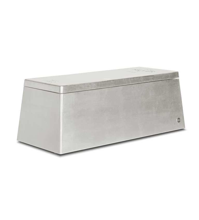 Silver Toy Box (via www.circu.net)