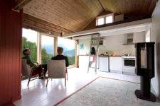 01 This Scandinavian dwellign was renovated into a more functional and open plan cabin with cool views