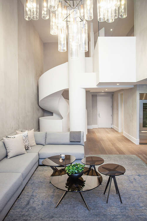 Luxurious NYC Apartment With A Spiral Staircase