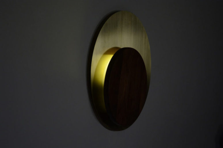 The elegance and simplicity of this sconce will let it become an organic part of many interiors