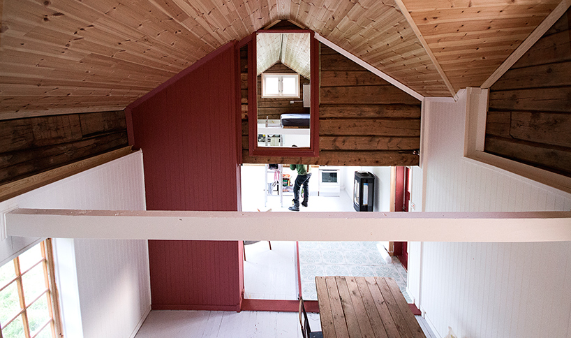 The original building comprised a range of materials, and included both vertical and horizontal paneling