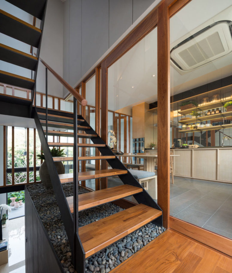 Modern luxurious townhouse with a private garden digsdigs - Amazing private house design with luxurious swirly white staircase ...