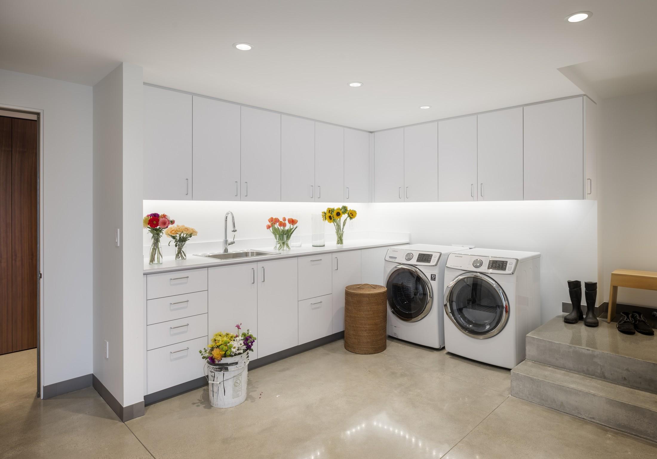 super organized laundry design