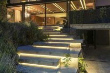 17 concrete steps with lights underneath for a gorgeous modern look