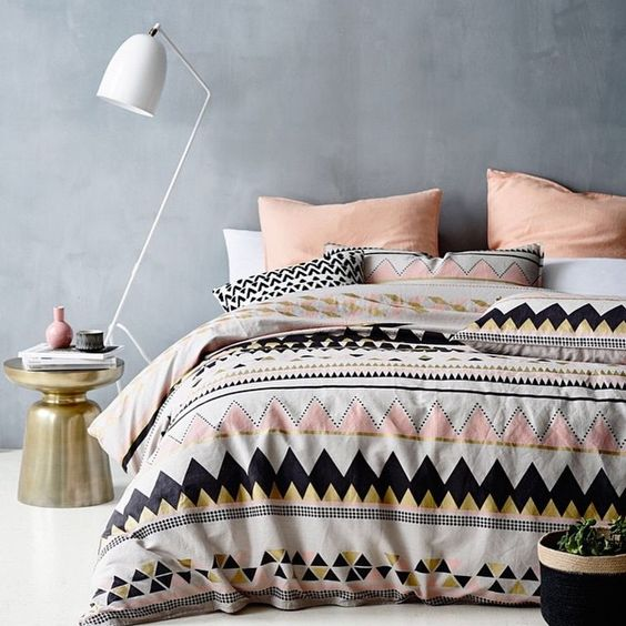 30 Timeless Geometric And Graphic Bedding Ideas Digsdigs