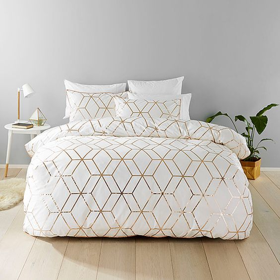 30 Timeless Geometric And Graphic Bedding Ideas