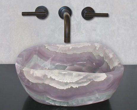Queen Stone Sink from Terra Acqua (via https:)