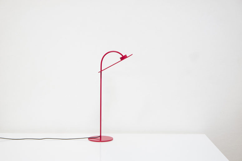 Flamingo Lamp by Mario Alessiani (via www.designboom.com)