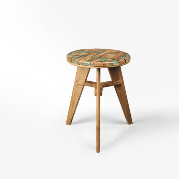 Zero Per Stool by Hattern (via design-milk.com)