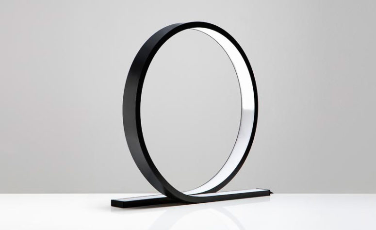 Loop table lamp by Himmee (via www.designboom.com)