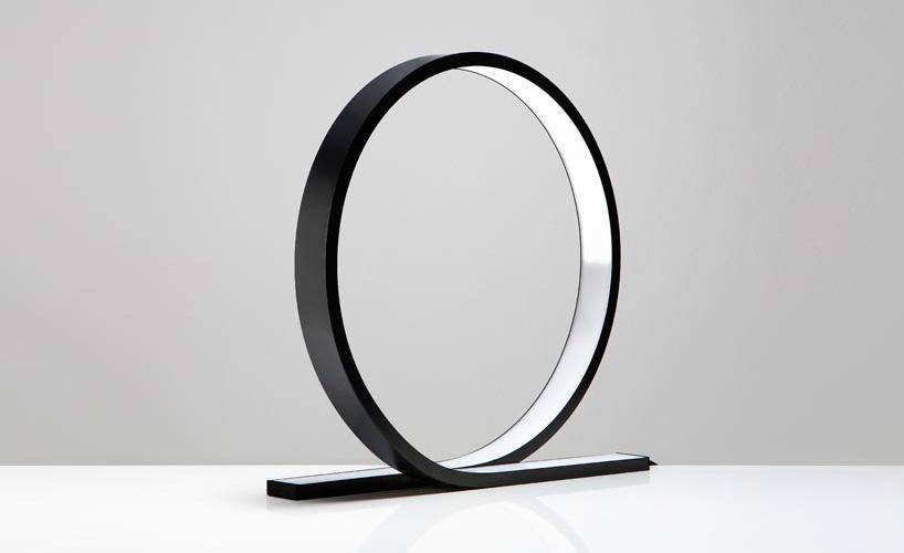 Loop table lamp by Himmee