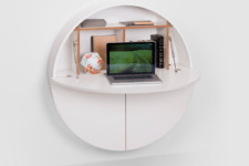 Pill Wall desk by Emko