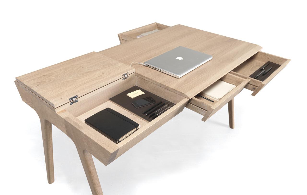 Metis Desk by Gonçalo Campos