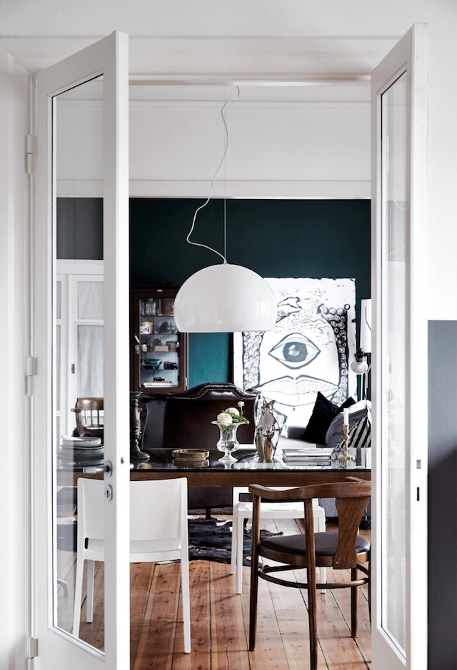 Stylish Home In Contrasting Colors And With A Personality DigsDigs