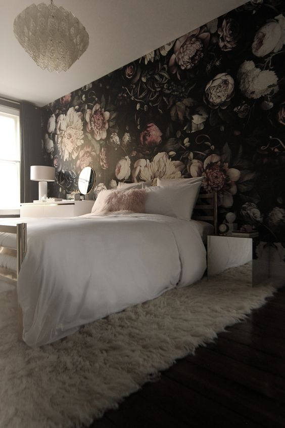 30 stylish ways to use floral wallpaper in your home digsdigs - Flower wall designs for a bedroom ...