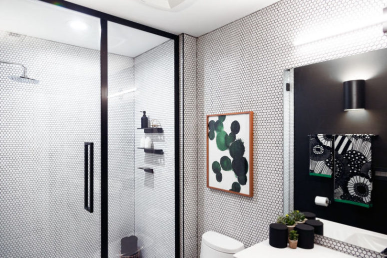 Graphic Modern Bathroom With Bold Green Touches Digsdigs