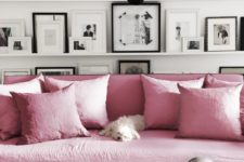 06 Look at this gorgeous pink sofa, isn't it an embodiment of glam and girlish decor