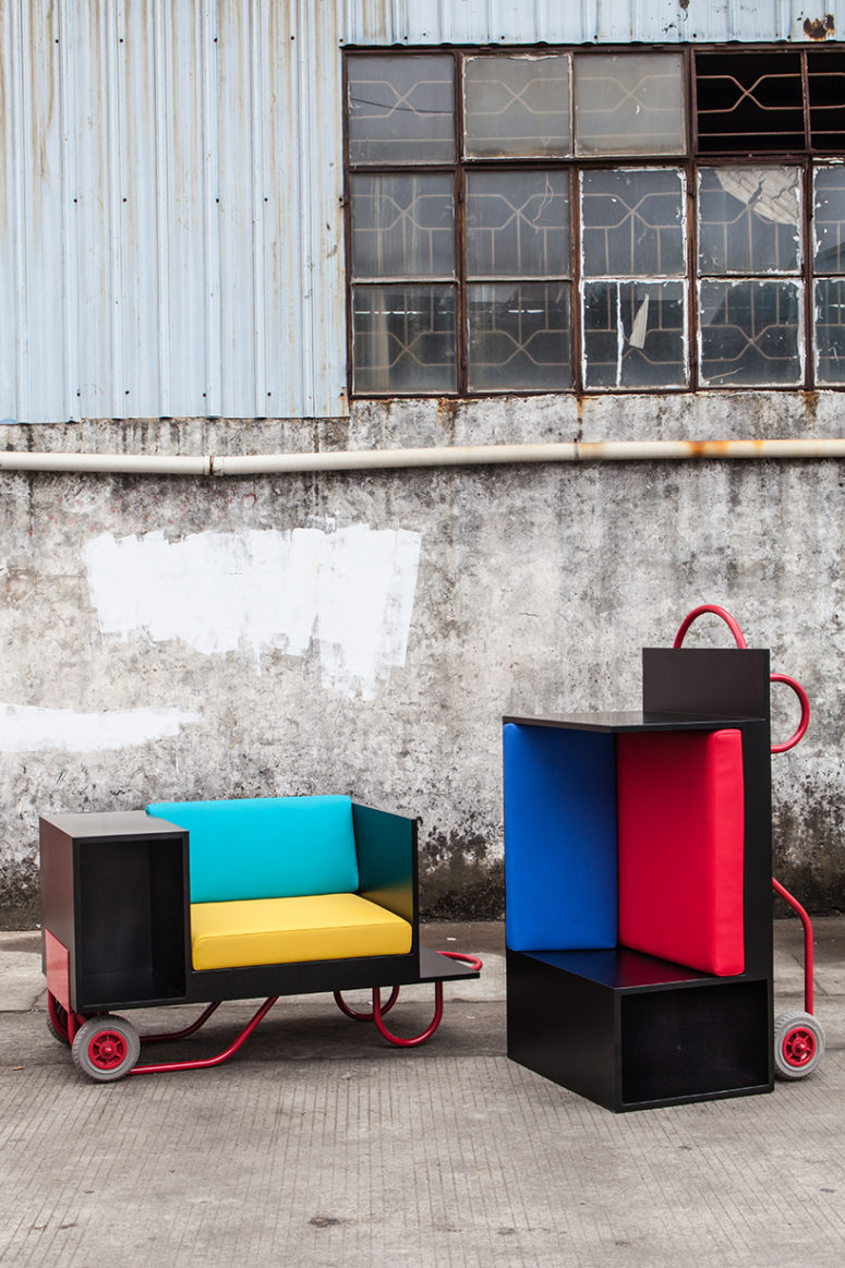 The seating cushions come in 4 colors inspired by le corbusier and can be interchanged