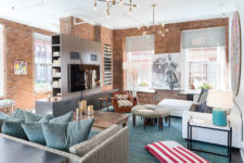 06 The space is very eclectic and unusual, warm brown shades and light blue ones mix very well