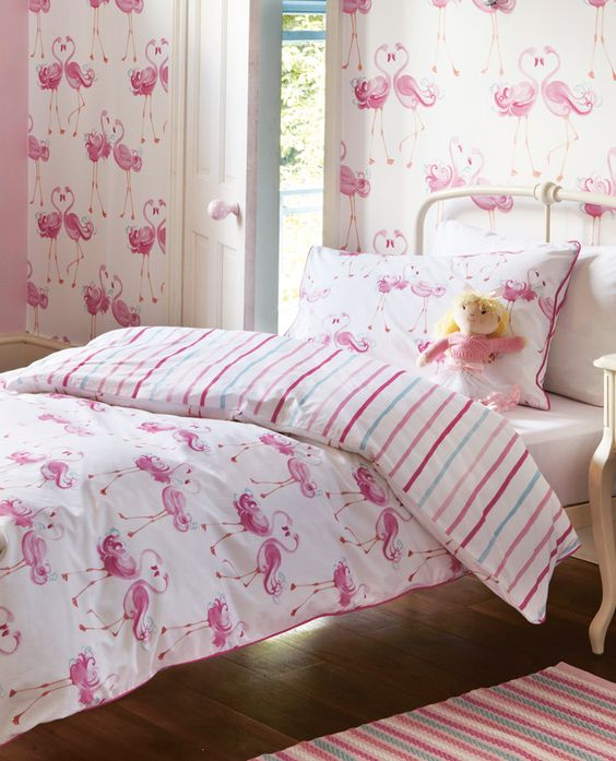 Fun Girl Room: 29 Fun Flamingo Touches To Embrace The Summer