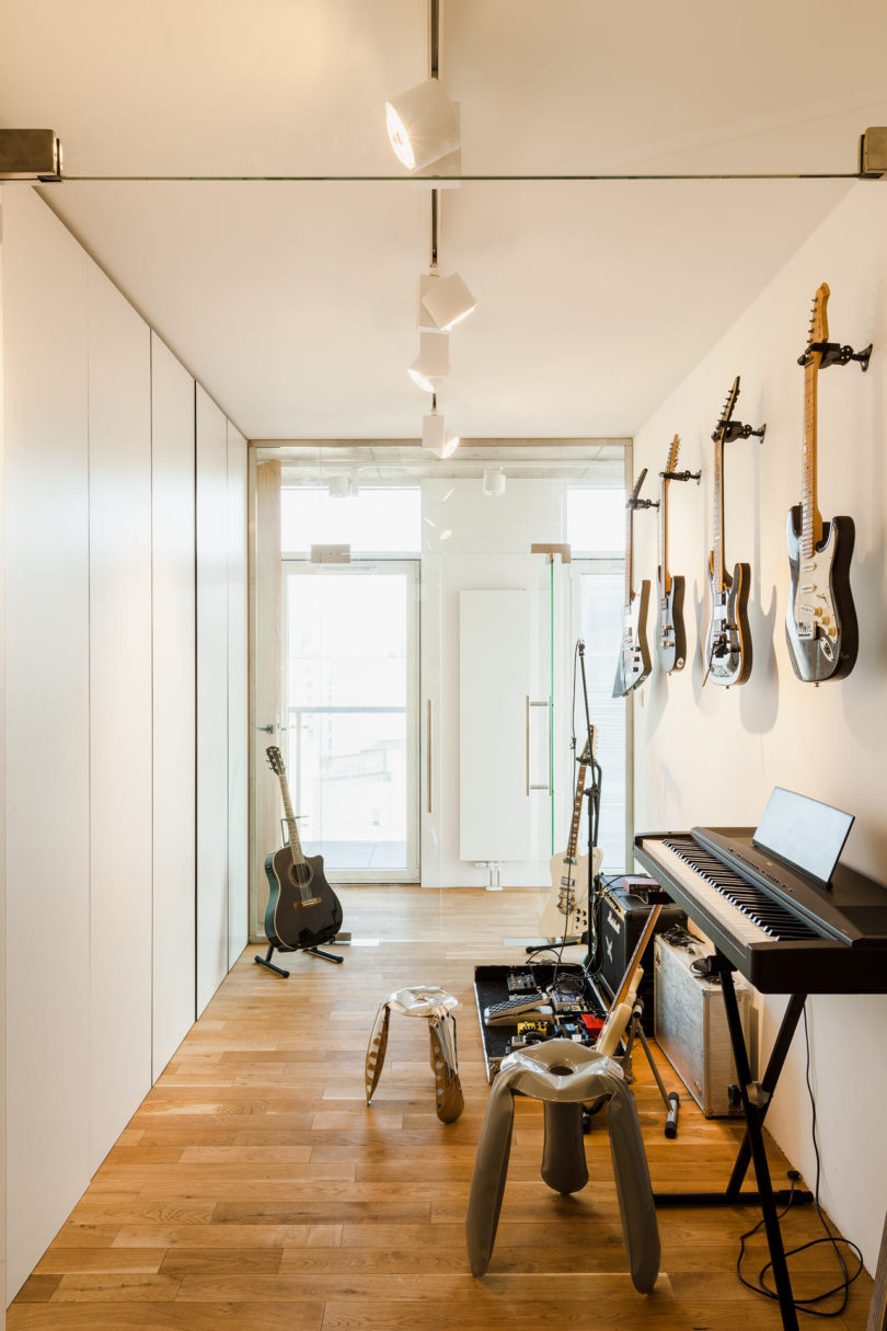 There's a music room with different instruments and some lights   nothing else is necessary here