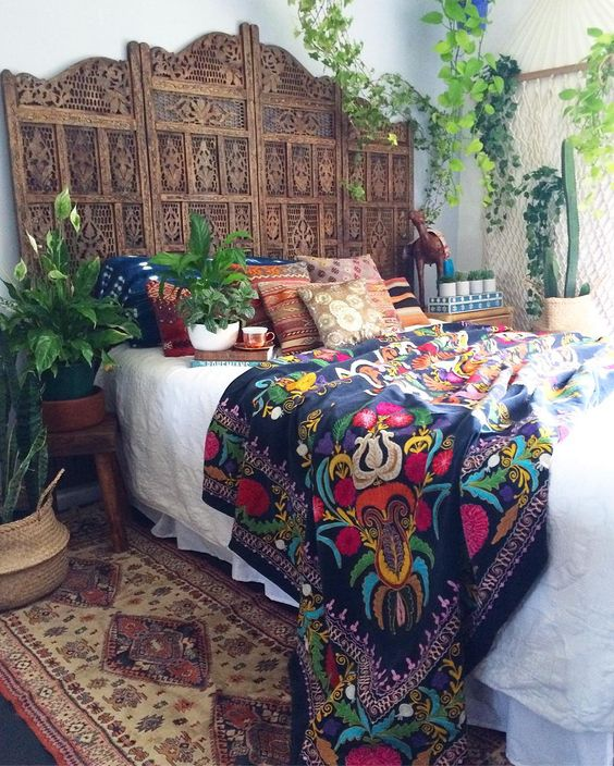 Boho Chic And Gypsy Inspired Bedding Ideas Digsdigs