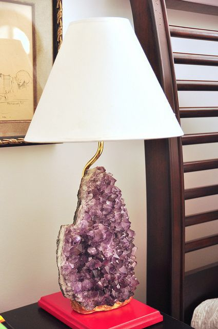 large amethyst and gold lamp for an exquisite feel
