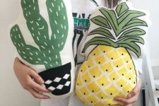 22 a cactus and a pineapple pillow for fun summer home decor