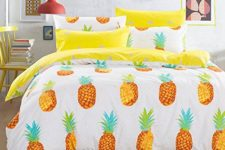 25 bold pineapple duvet and pillows for a summer bedroom