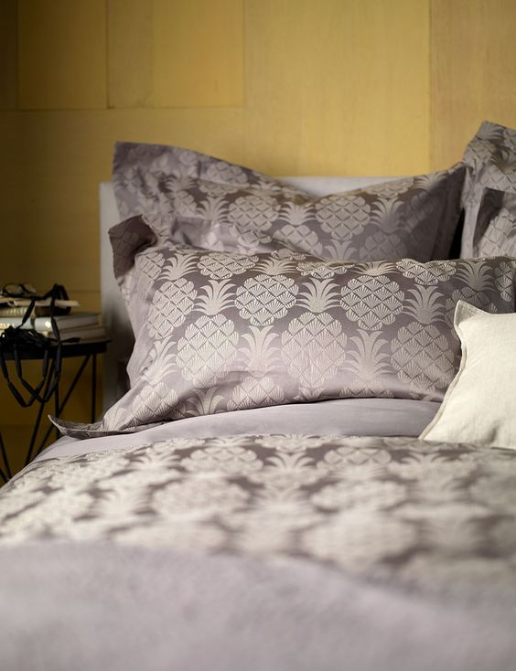 grey pineapple print bedding looks elegant though cheer
