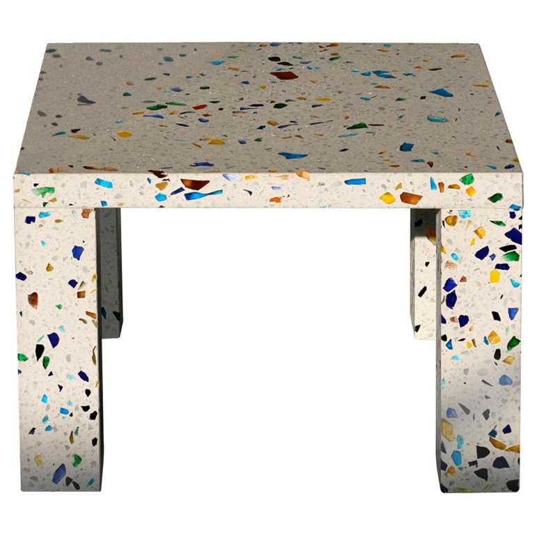 colorful terrazzo coffee table is a very eye-catchy idea