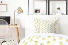 30 pineapple bedding set is great for adding a summer feel