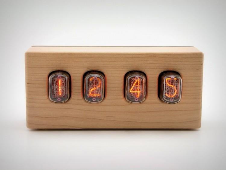 the Nixie Clock by CKIE (via www.digsdigs.com)