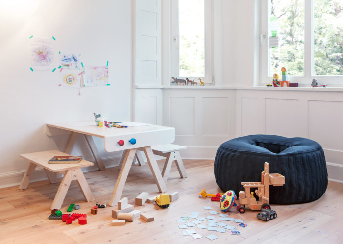 Famille Garage: Transformable Children Furniture Collection