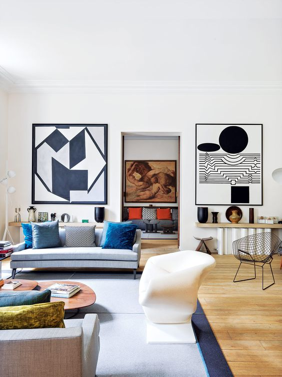 Colorful Paris Home With Artwork Collections