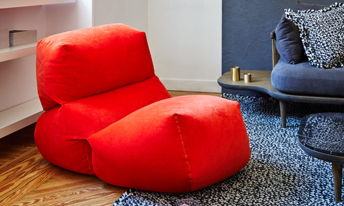 Each piece consists of three sacks that can be shaped in various ways to achieve maximal comfort