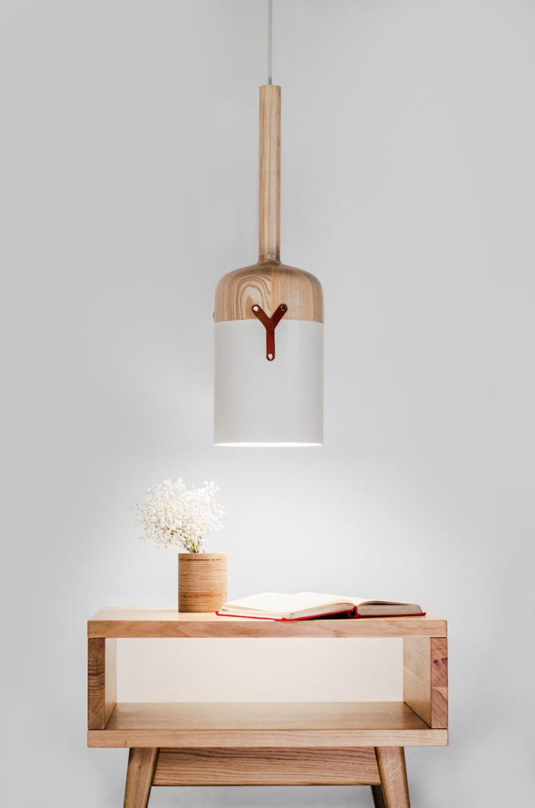Nut-C pendant lamp looks like Nut-S but differs in size and a little bit in design, it's bigger