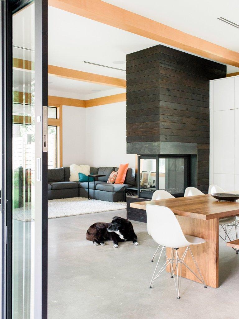 orange accents in interior's design