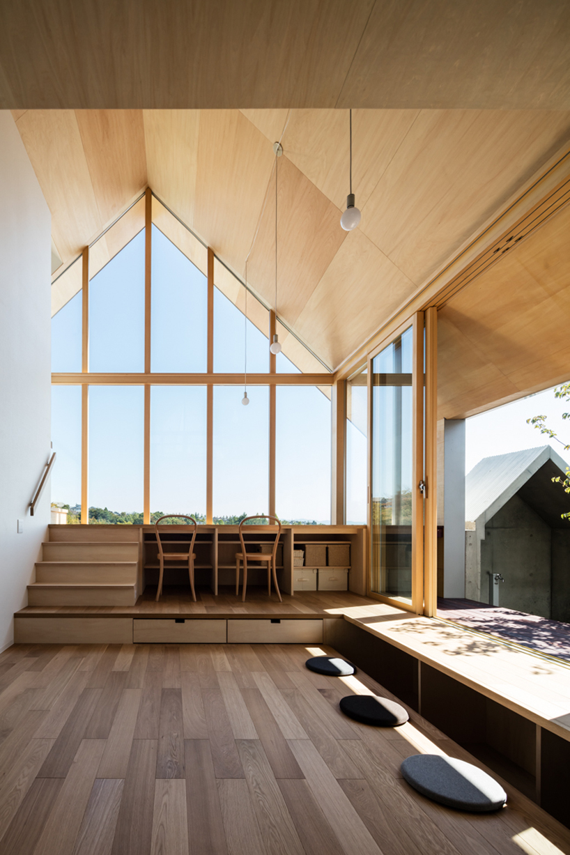 home office design with lots of natural light