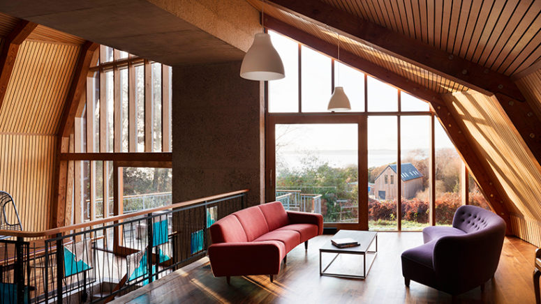 01-Back-Country-House-was-built-by-an-architect-for-himself-and-his-family-its-a-two-stroey-building-inspired-by-traditional-huts-775x516 The Most Cozy Houses Of 2017